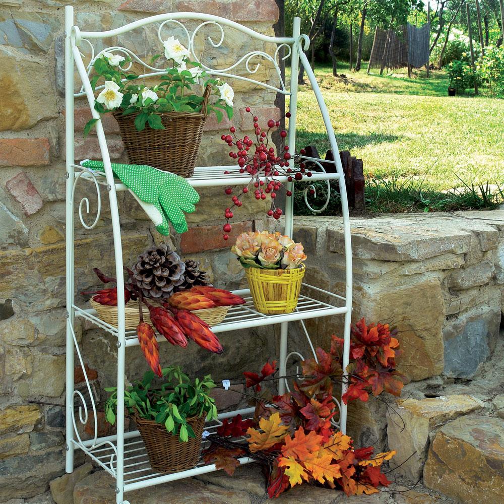 Scaffali in ferro battuto per giardino