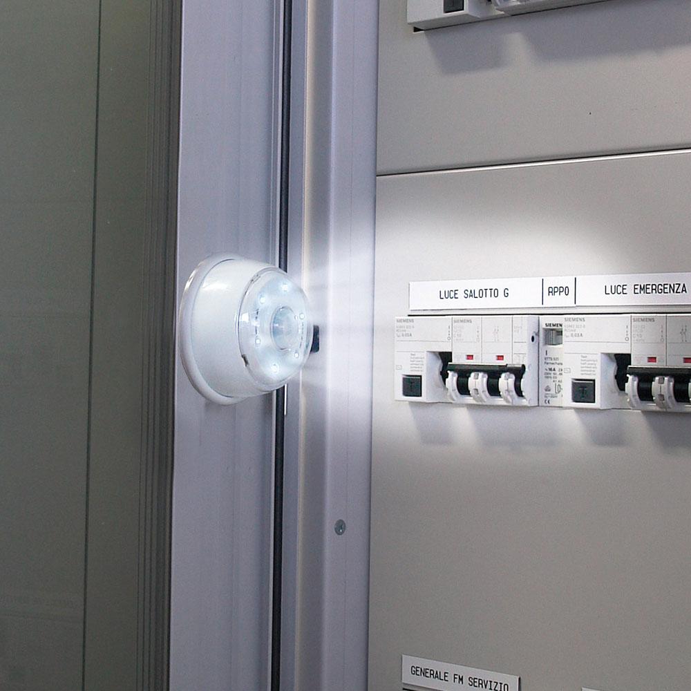illuminazione doccia con led: caratteristiche dei prodotti ... - Illuminazione Doccia Con Led