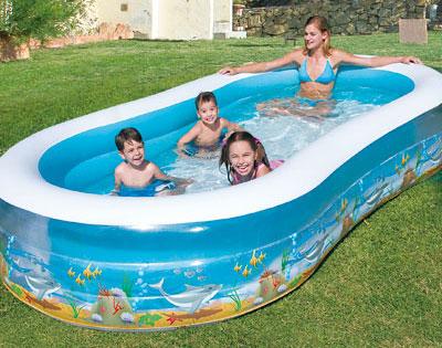 Maxi piscina gonfiabile piscine e gonfiabili dmail for Pesci finti per piscina
