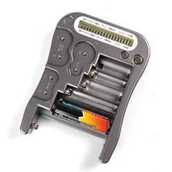 Tester universale per batterie
