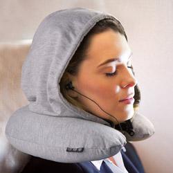 Cuscino da viaggio con cappuccio e auricolari